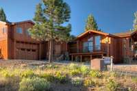 12766 Pinnacle Loop custom home in Truckee, CA by Jude Goodpaster