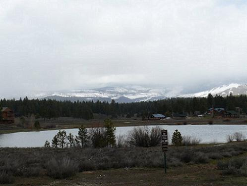 Glenshire Lake in the Glenshire Neighborhood of Truckee California