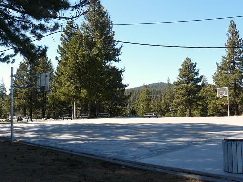 Truckee River Regional Park Basketball Courts in Truckee, CA