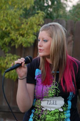 Brie Storz Singing