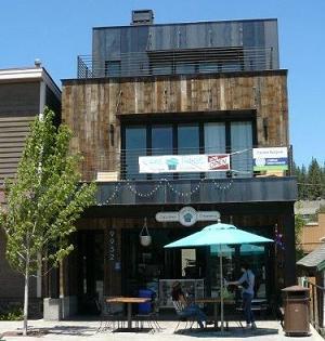 Cake Tahoe Cupcake & Creamery in Truckee, CA