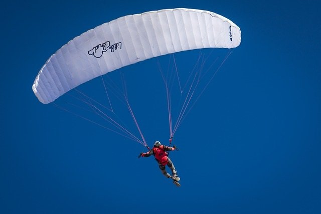 Lake Tahoe Heli Skydiving - Info. by Truckee Travel Guide