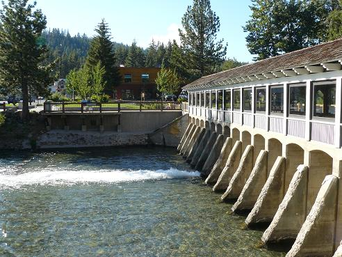 Truckee River Dam in Tahoe City, Lake Tahoe